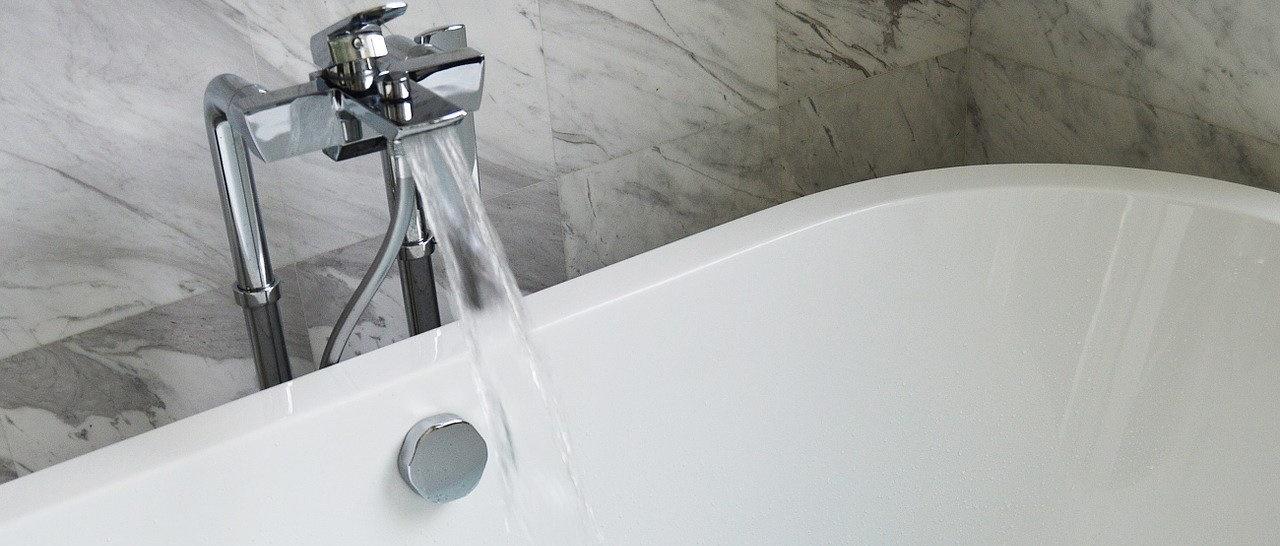 Набор воды в акриловую ванну