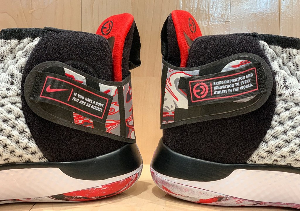 Крепления  Nike Air Zoom UNVRS