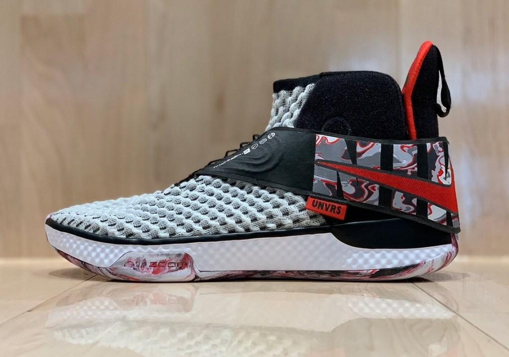 Стильные  Nike Air Zoom UNVRS