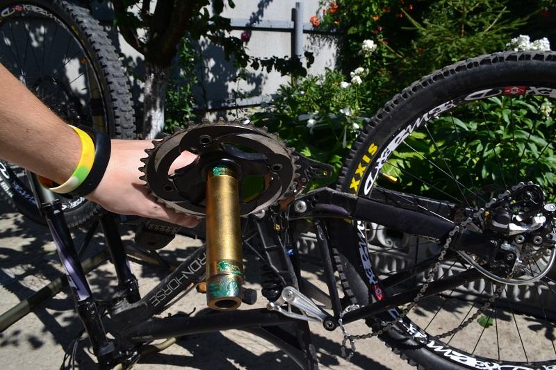 Смазка шатунов велосипеда
