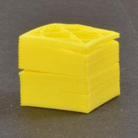 Пластик расходится по слоям, между слоями трещины, не слипаются слои, межслойная адгезия плохая и недостаточная
