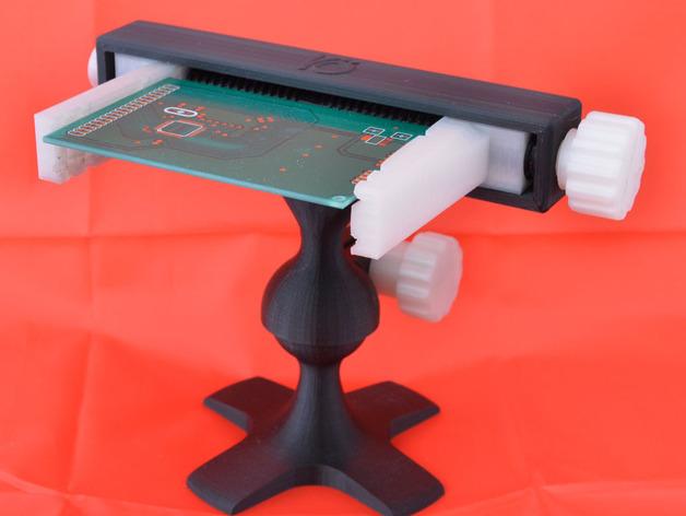 модель 3д принтер зажим для печатной платы