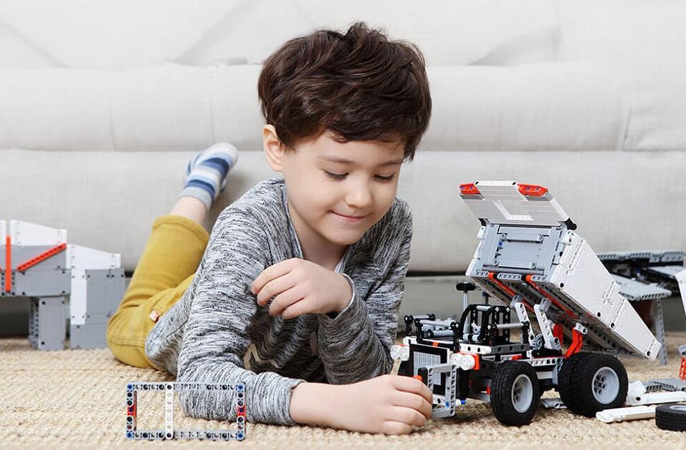 Игрушка трансформер MiTu Building blocks Mine Truck безопасность материалов
