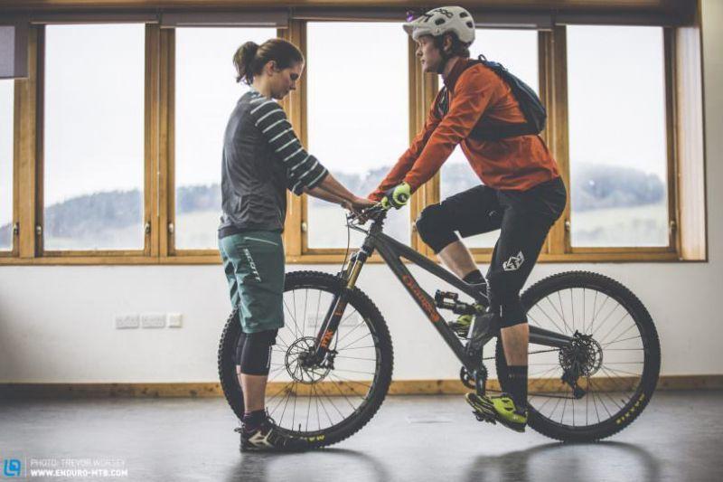 правильная посадка на горном велосипеде фото смириться таким безобразием