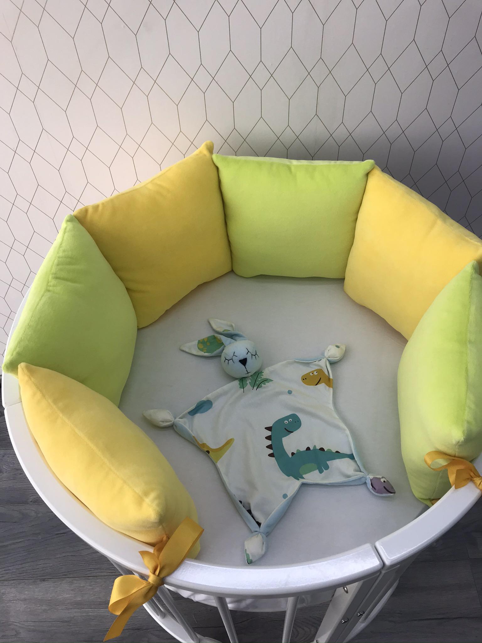 Велюровые бортики в кроватку новорожденному