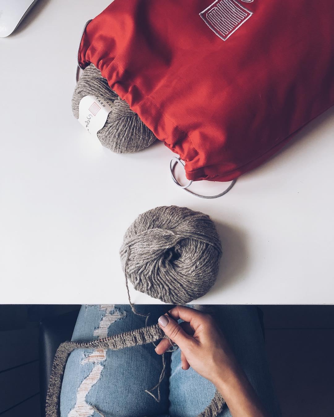 пряжа и мешок для вязания sarlag
