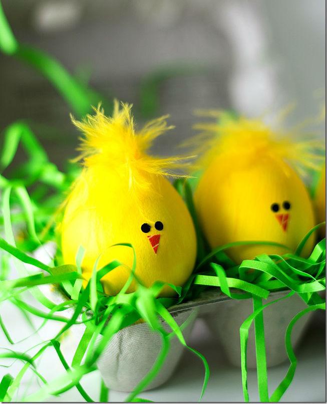 яйца пасха руками