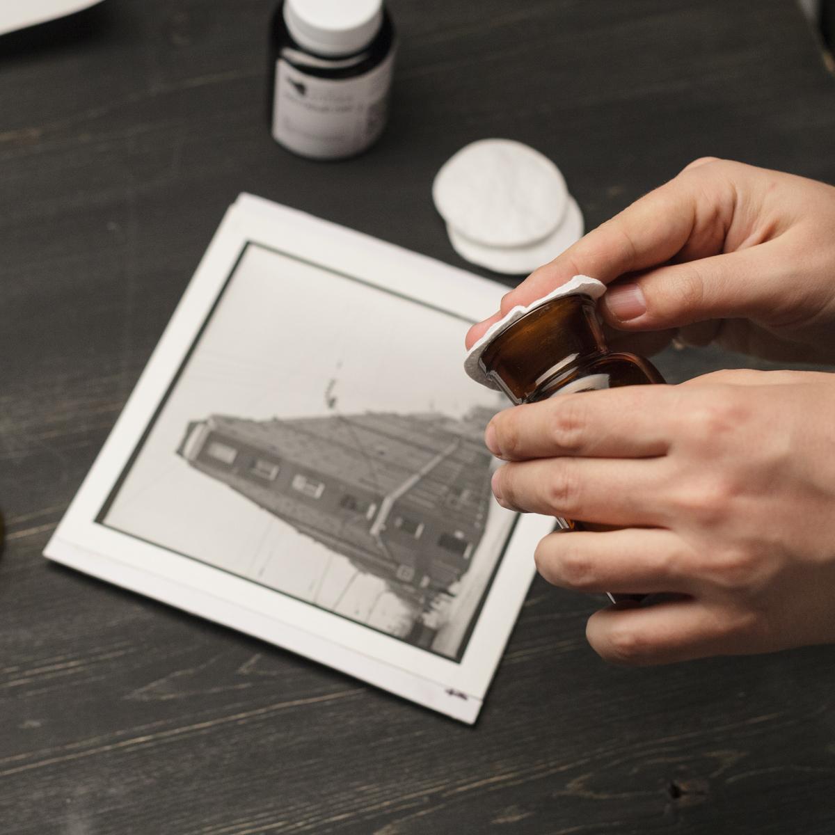 Нанесение матового лака на отпечаток