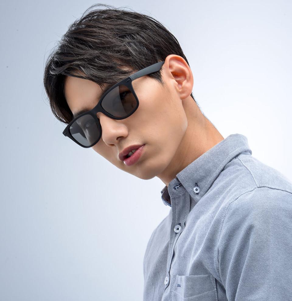Очки Turok Steinhardt Sunglasses Influx Traveler Black STR004-0120 на улице