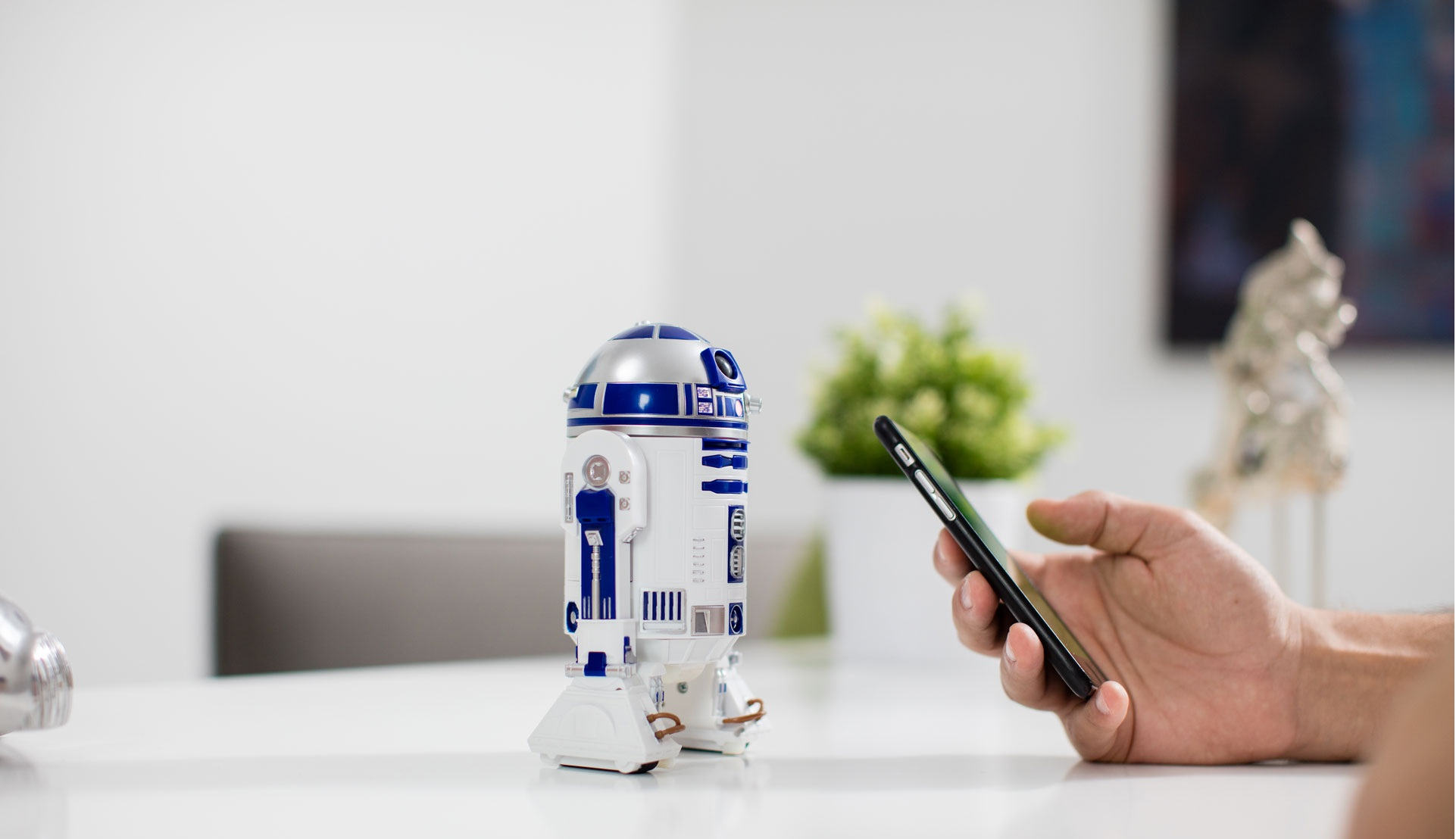Робот-дроид Sphero Star Wars R2-D2