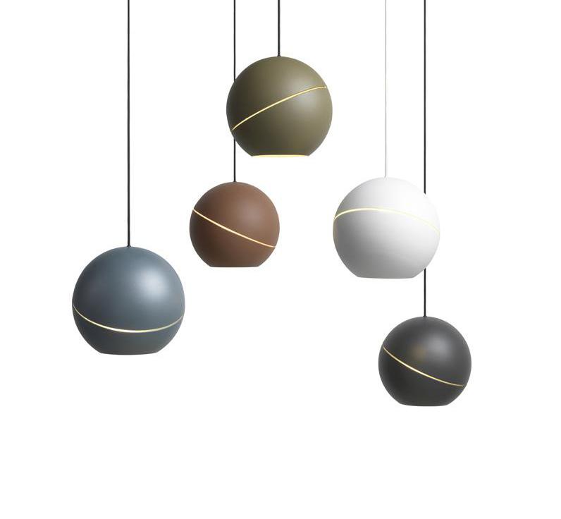 Светильники Sliced Sphere от Frederik Roijé
