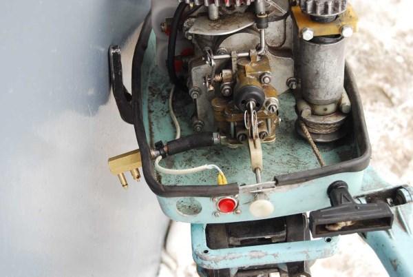 Лодочный мотор изнутри