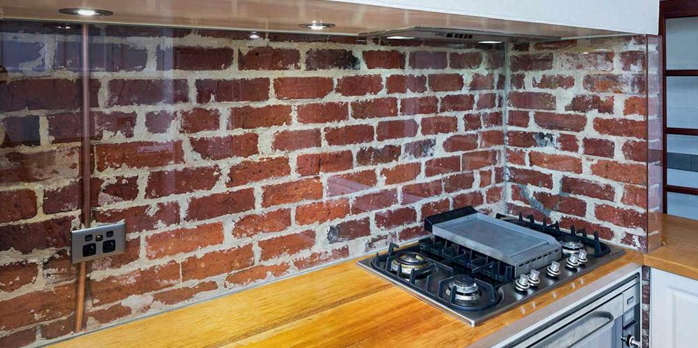 Скинали - прозрачный фартук для кухни