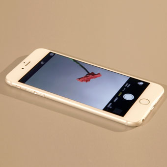 1-telephone-na-stole-2.jpg