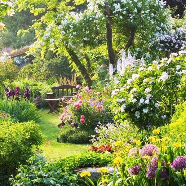 Сад в рустикальном стиле
