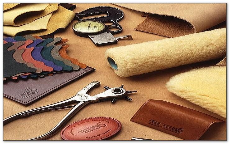 Уникальные моменты изготовления кожаных изделий бювара.