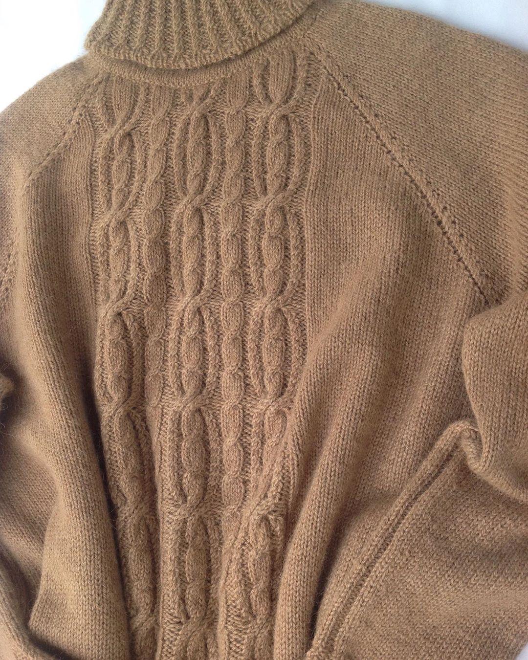 свитер из пуха верблюжонка