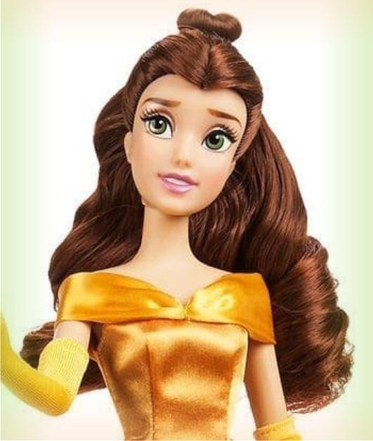 Кукла Белль с кольцом в золотистом платье