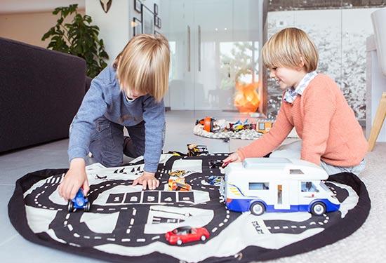 Возьмите Play&Go, если идёте с ребёнком в гости к друзьям.