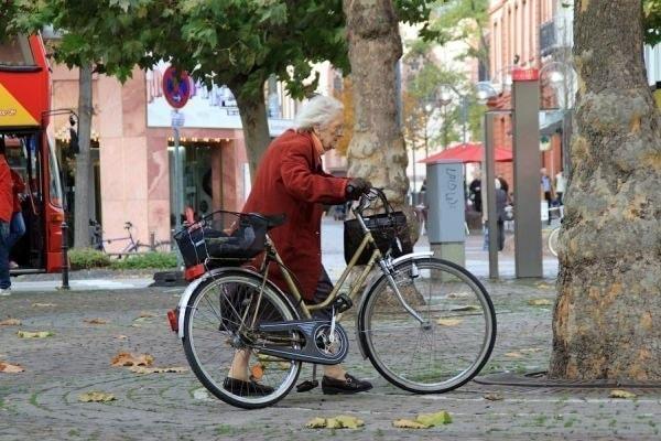 велосипед для бабусі
