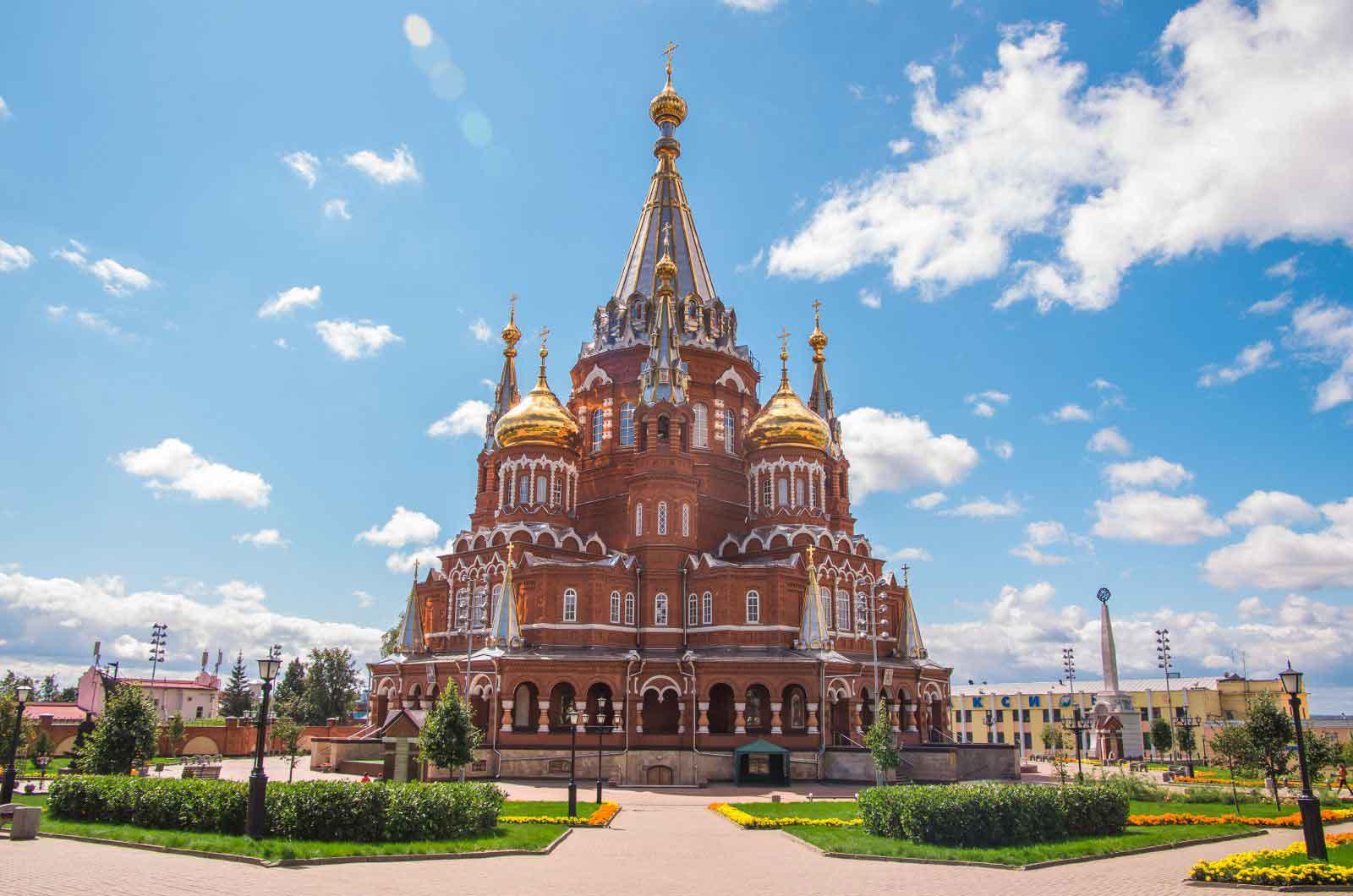 Продажа биноклей с доставкой в Ижевск