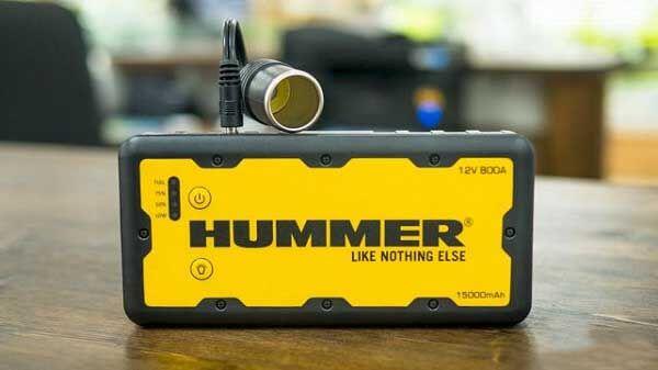 Розетка типа прикуриватель подключается к пусковому устройству Hummer H1