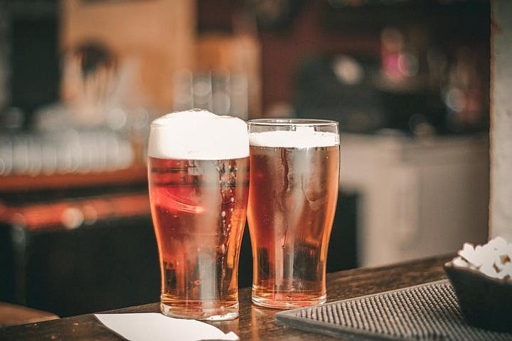 Вес разливного пива должен проверять на электронных весах
