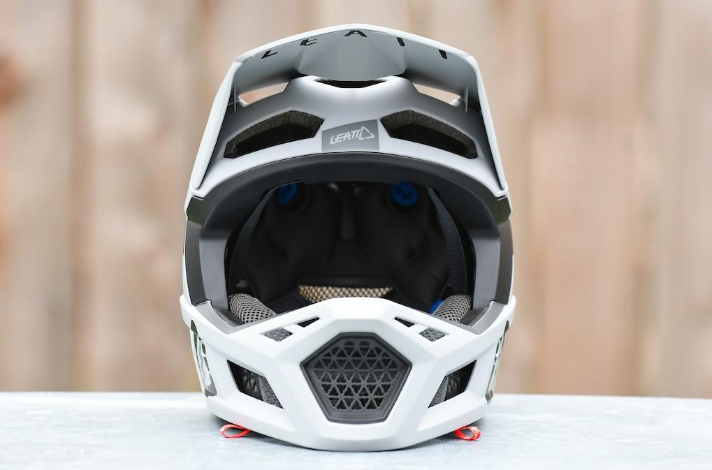 обзор шлема