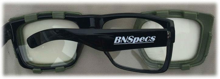 Пластиковые защитные очки BNSpecs надеваются на коннекторы очкимарника.