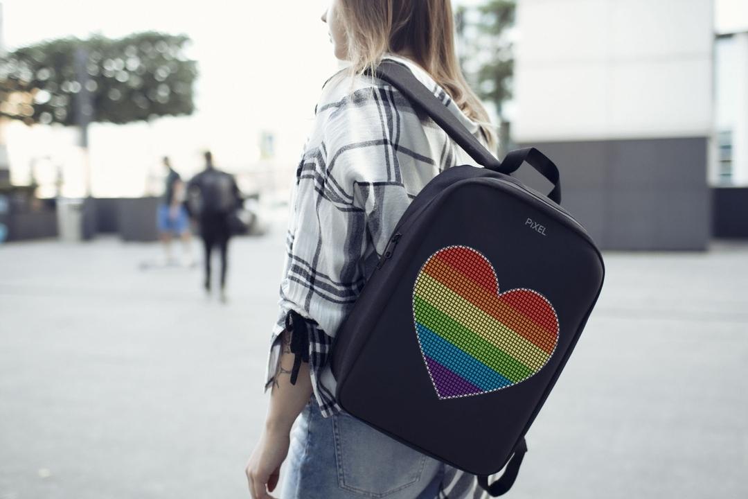 Рюкзак с цветонй лед-панелью