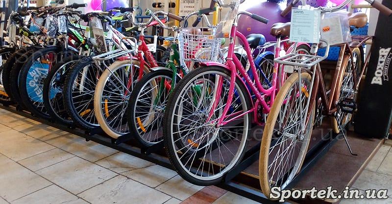Велосипедний відділ в магазині Будинок Спорту на Соборній (Радянської) 64А