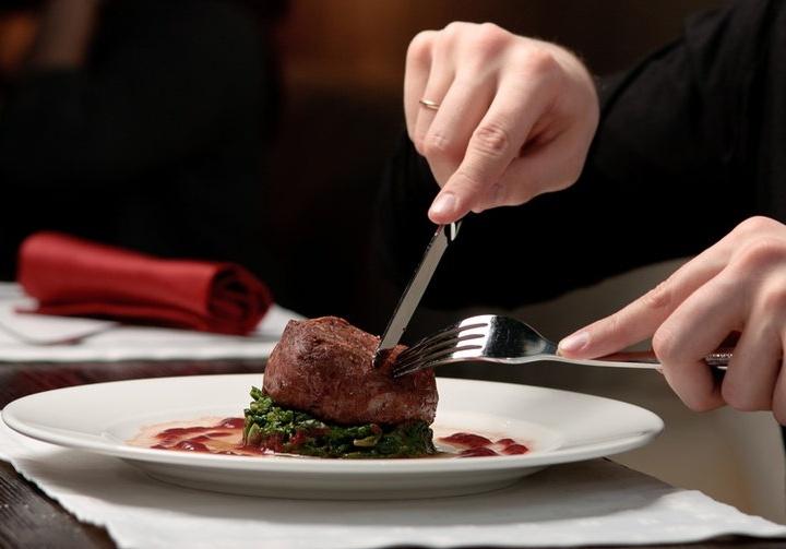 Подаваемые блюда должны нравиться и собственникам ресторана
