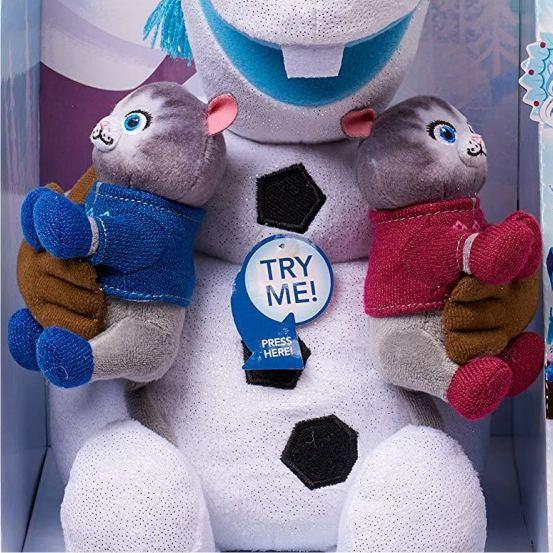 снеговичек Олаф с котятами из Холодное сердце (крупным планом)