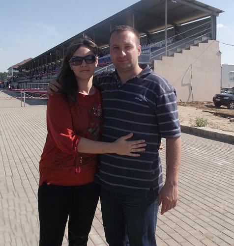 Оля и Женя, И-МНЕ Воронеж