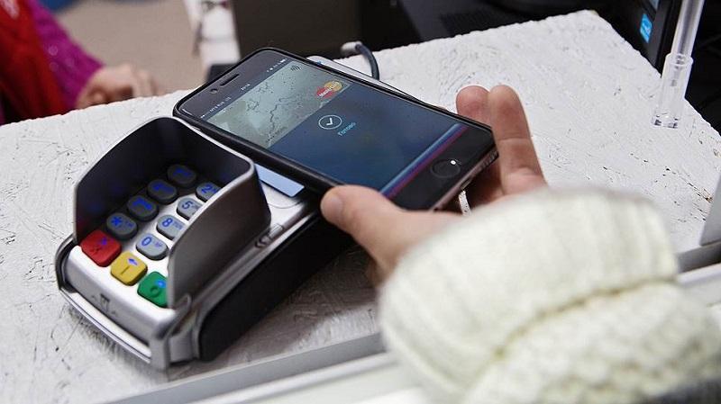 Применение скидочной карты через приложение смартфона