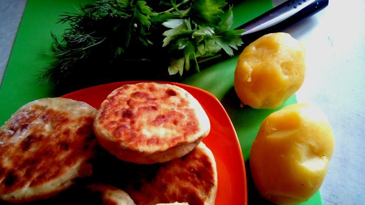 Творожно-картофельные сырники. Автор фото - Марина Фролова, повар И-МНЕ Москва