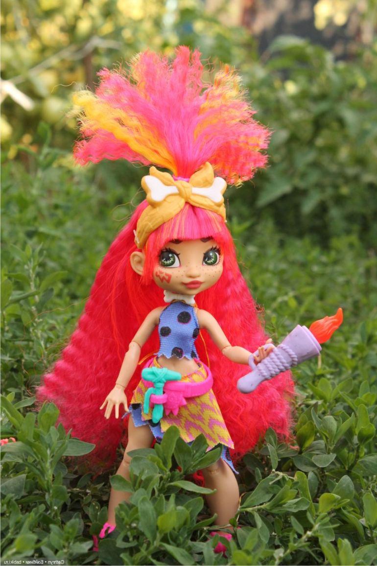Рыжая зеленоглазая кукла Эмберли - Cave Club