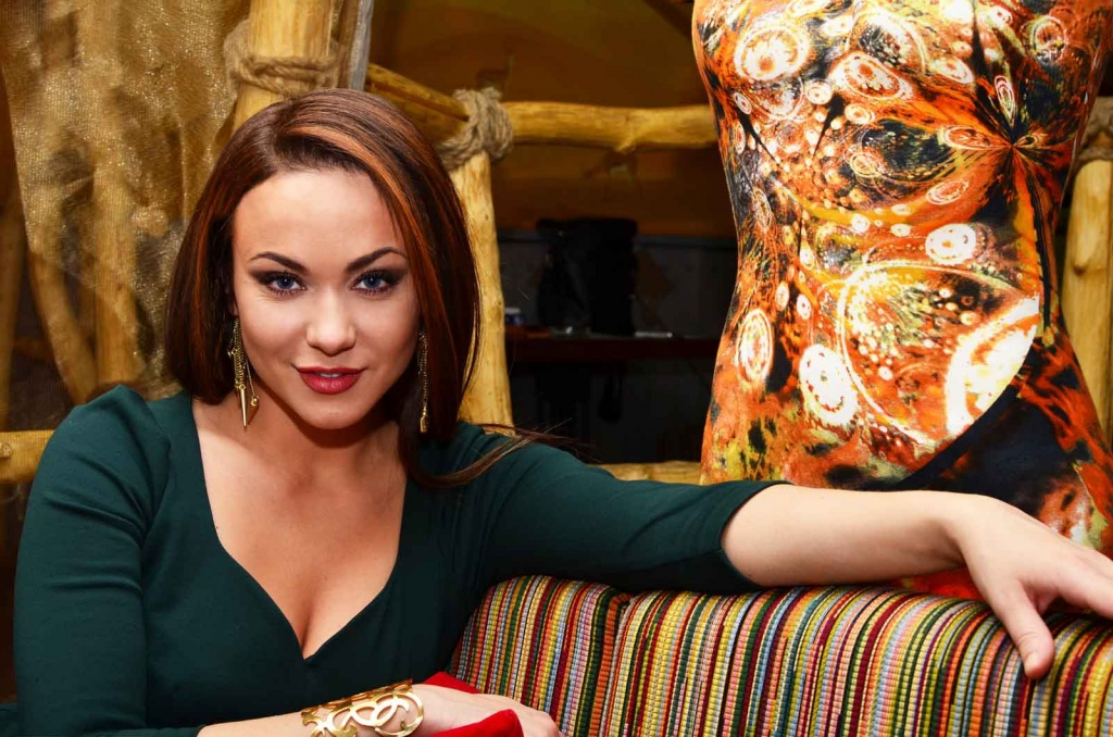 Мария Берсенева и ее персональный манекен