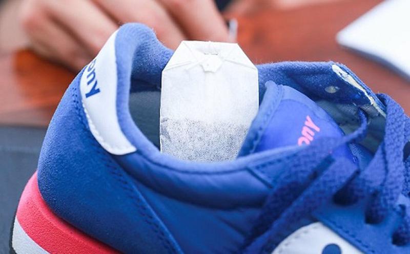 Убрать запах в кроссовках - 3