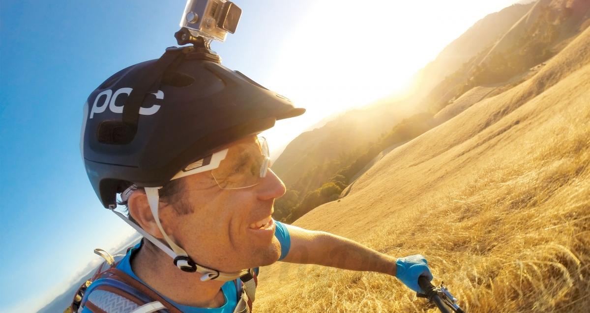 Крепление GoPro на велосипедный шлем
