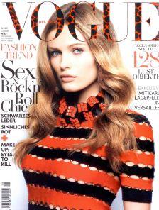 Черная сумка и клатч Emma Brown в Vogue