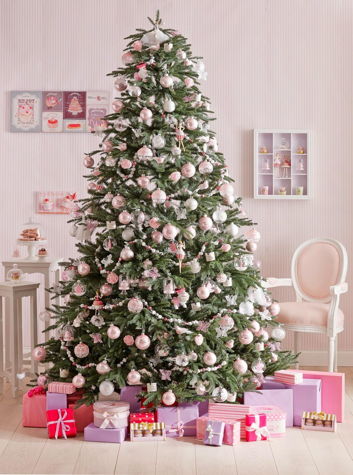Новогодняя елка в сказочном стиле