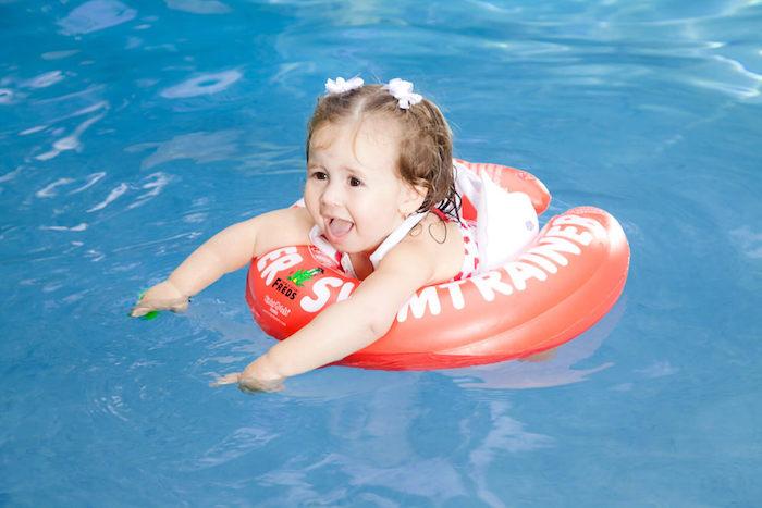Swimtrainer красный круг для купания