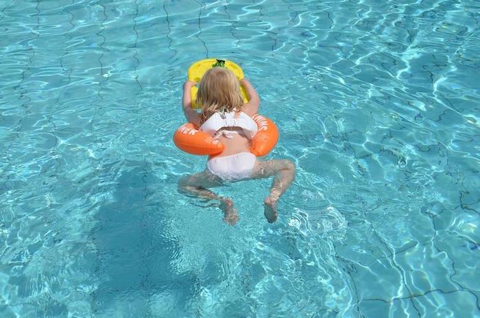 Оранжевый Swimtrainer круг для детей