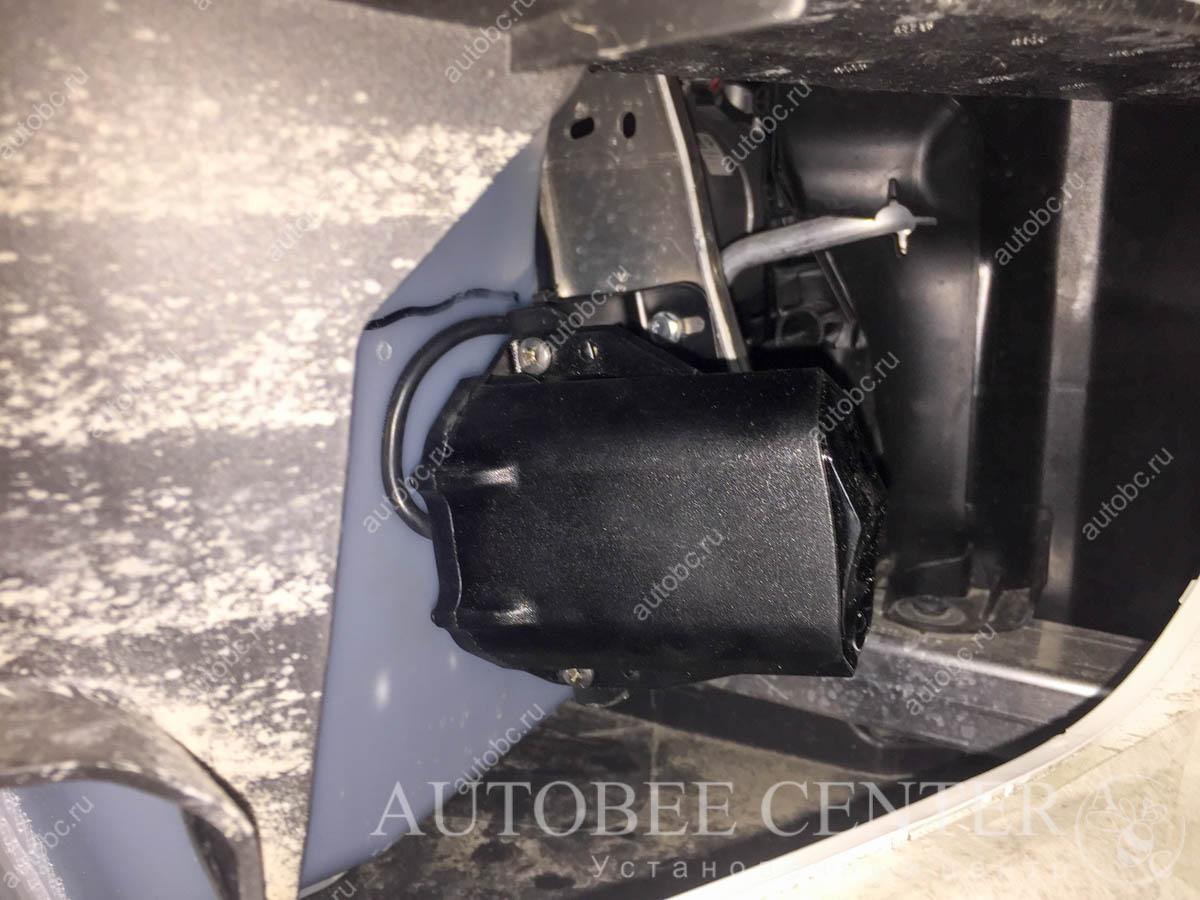 BMW X1 (разнесенный радар детектор Неолайн S300)