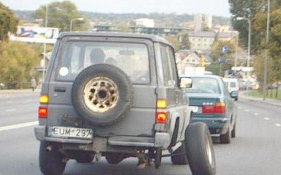 Ремонт тяги колеса в авто