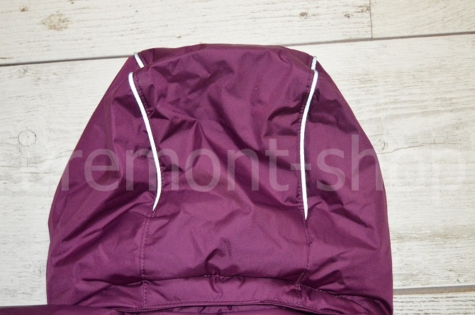 Капюшон на пальто Premont Ягодный смузи, вид сзади