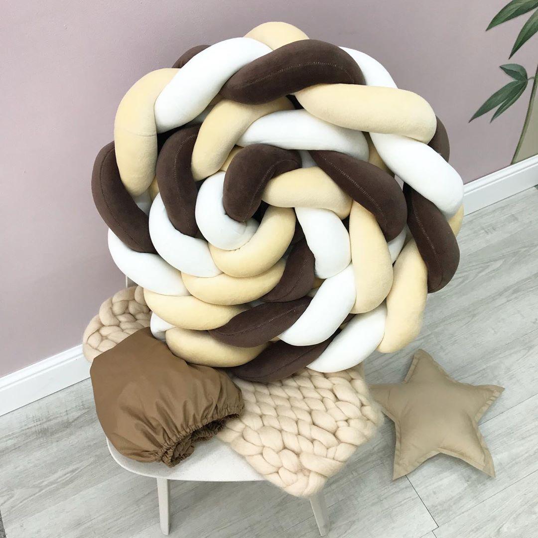 Коса бортик в кроватку новорожденному