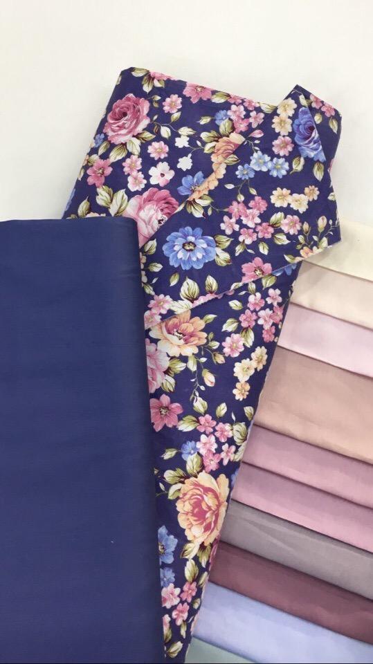 Цветы на фиолетовом ткань для рукоделия