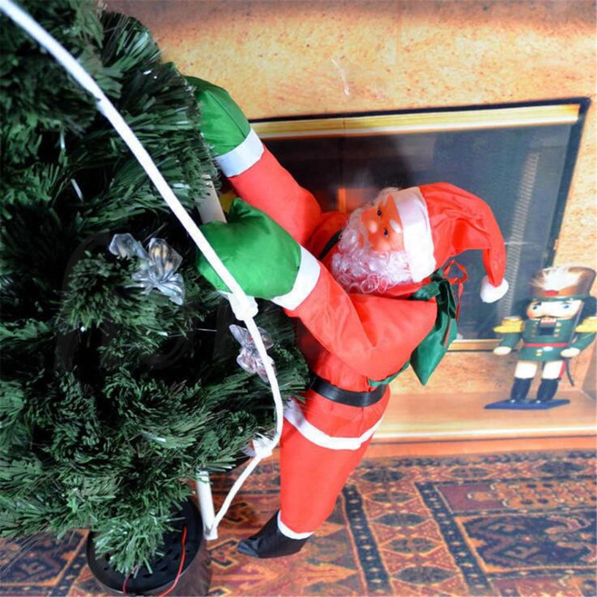 Ползущие Санта Клаусы на лестнице